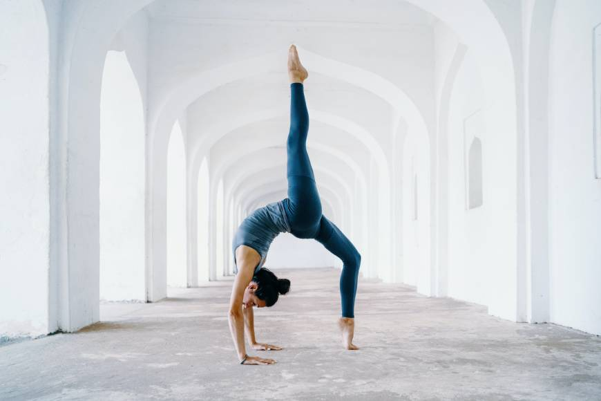How Long To Hold Yoga Pose